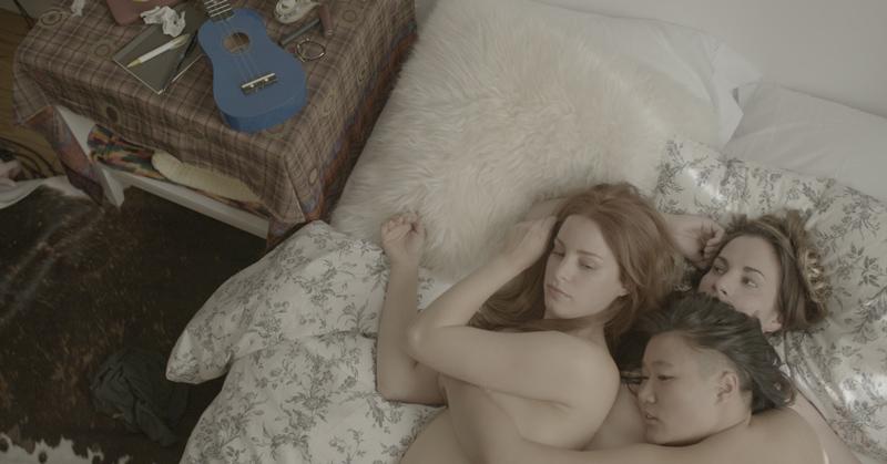 lesbo-threesome-unicornland webserie