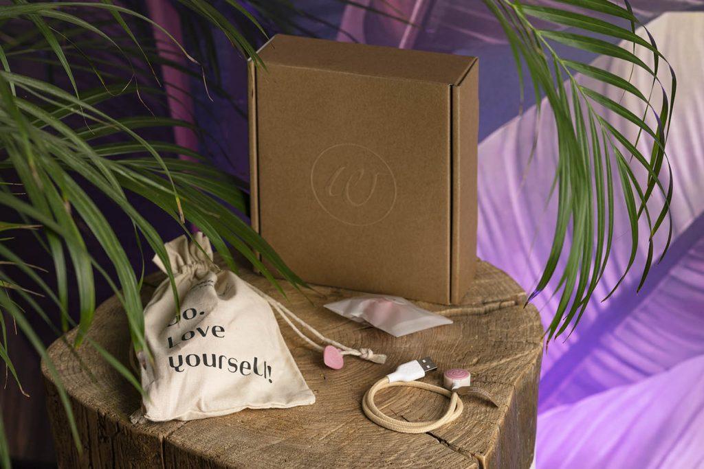 Womanizer Premium Eco contenuto confezione