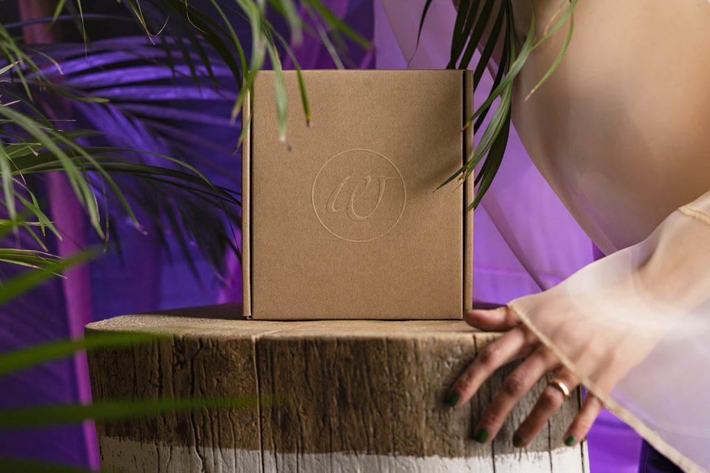 Womanizer Premium Eco scatola cartone riciclato