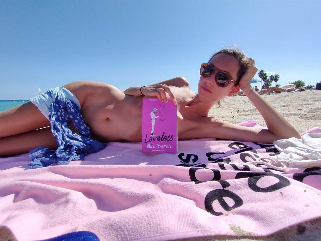 lettura spiaggia pampelonne